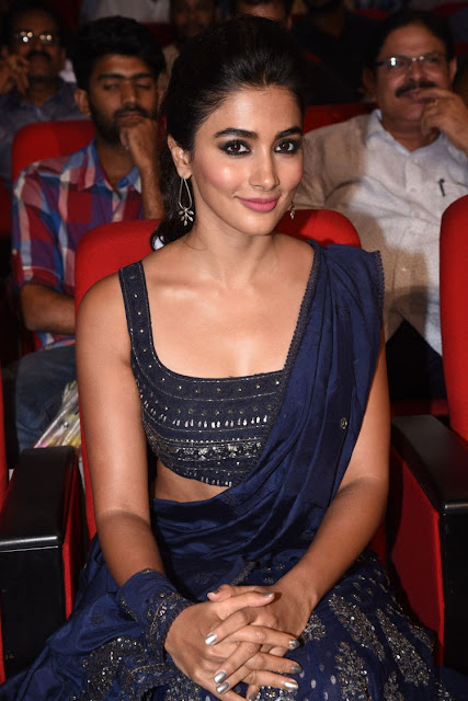 pooja hegde at dj audio launch photos