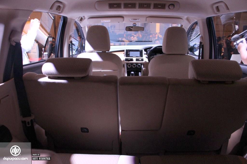 2017 Mobilio >> Mitsubishi Expander, Gabungan Kenyamanan MPV dan Tangguhnya SUV | OtoVirtual - Automotive Blog