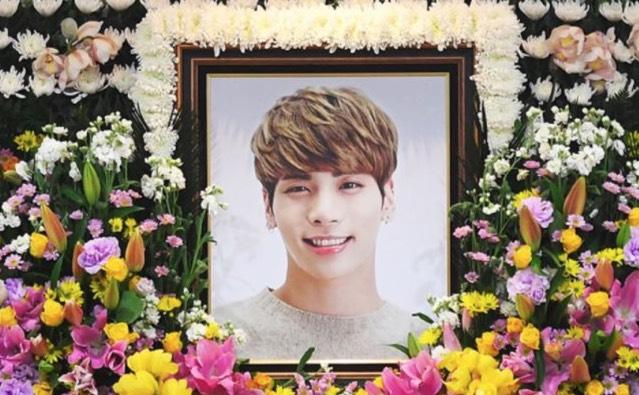Ratapi Kematian, Tindakkan Peminat Fanatik Jonghyun Beragama Islam Dikecam Netizen