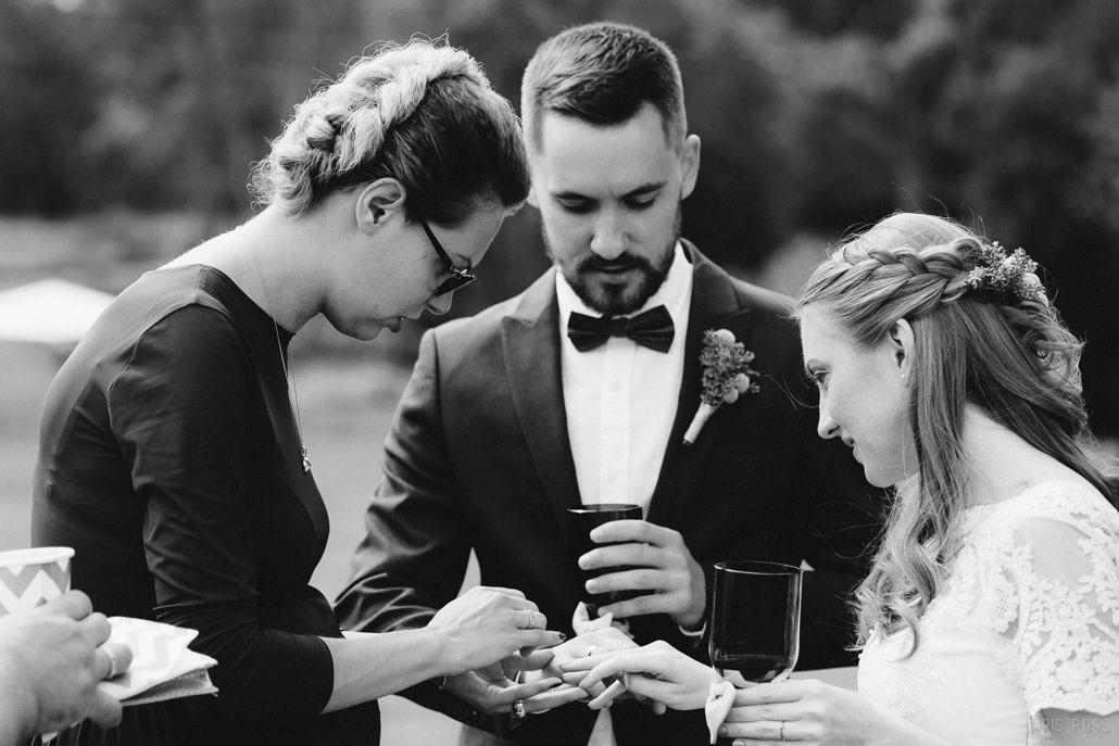 netradicionāli kāzu gredzeni