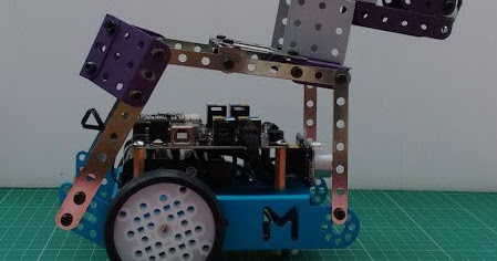 Roby the mBot Meccano Scratch Robot Dog