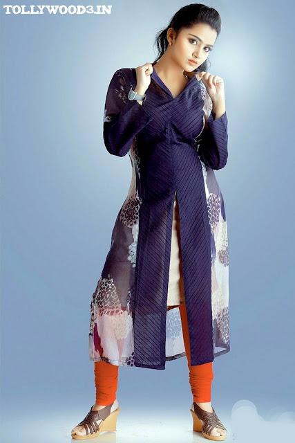 Anupama Parameswaran Height and Weight and Body Measurements