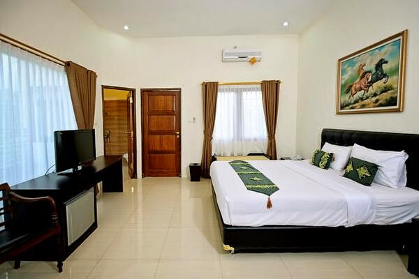 Hotel Murah di Yogyakarta Yang Ada Kolam Renang 2