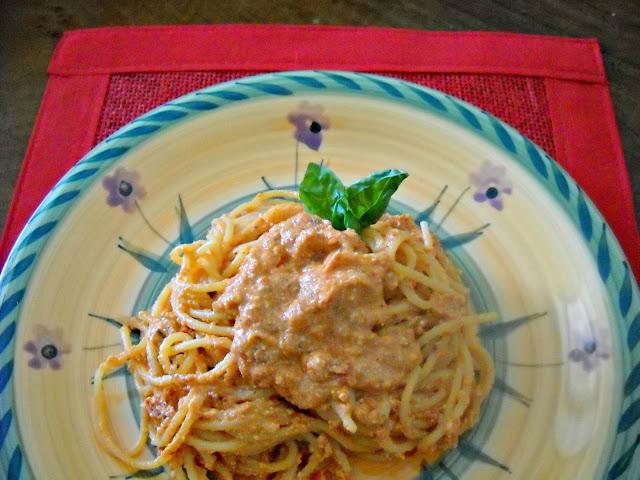 pasta-ai-pomodori-secchi-ricotta