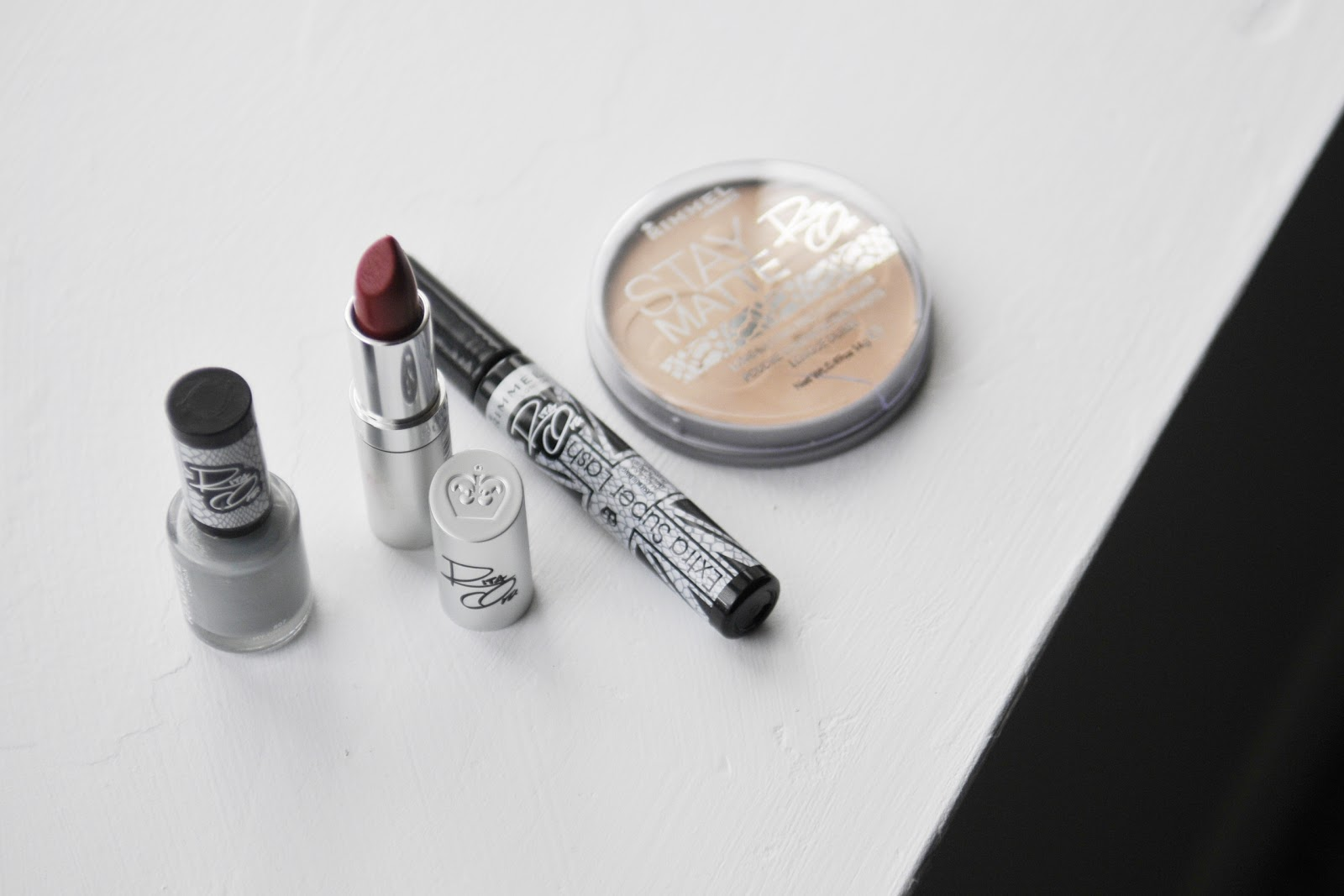 Fun Size Beauty Rimmel X Rita Ora My Grey Collection