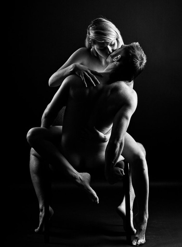 naked-sexy-sex-positions-in-black-and-white-and-monster