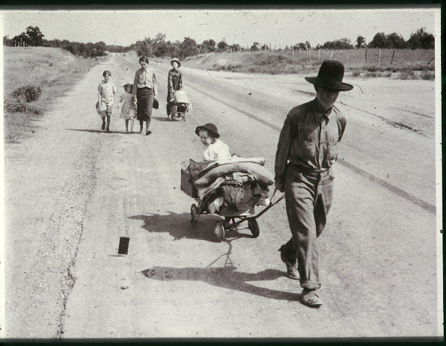 22 October 1939 worldwartwo.filminspector.com Dorothea Lange migrant farmers
