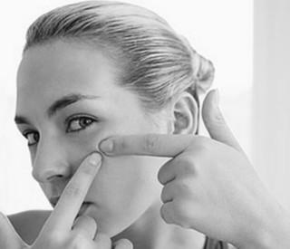 10 Cara Menghilangkan Rasa Malu yang Berlebihan