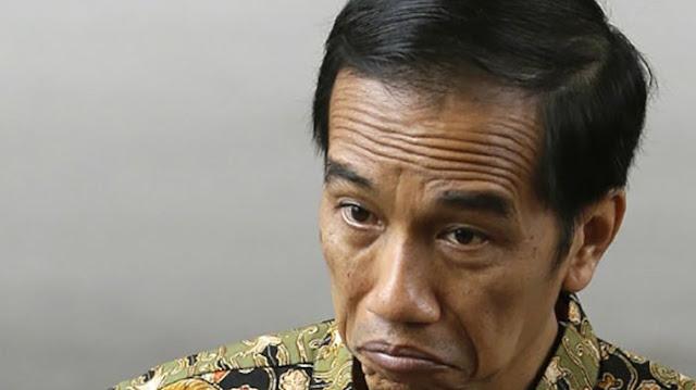 Pengamat: Jokowi Berhalusinasi Bisa Dua Periode