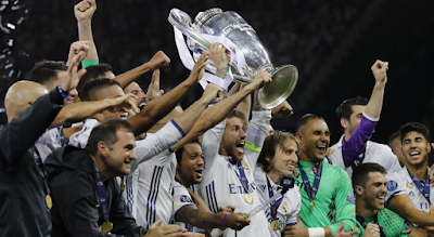 image of a triumphant madrid team