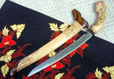 Gambar Badik Senjata Tradisional Lampung