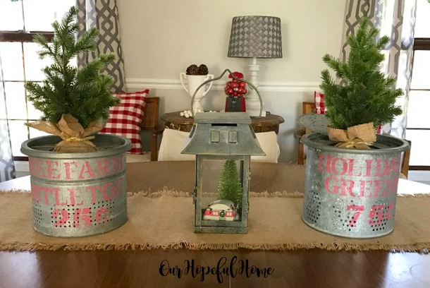 farmhouse Christmas decor dining room minnow bucket stencil retro camper