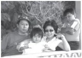 Lingkungan keluarga sangat berperan besar membentuk kepribadian seorang anak