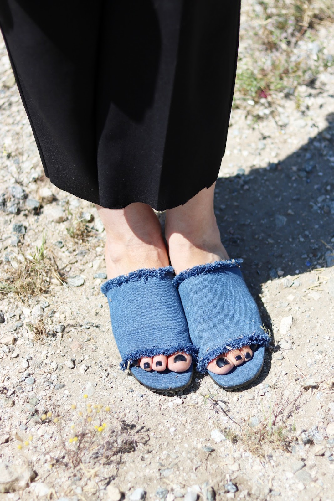Lord and taylor denim sandals outfit