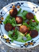 https://salzkorn.blogspot.com/2015/09/wunderfitzig-zucchini-falafel.html