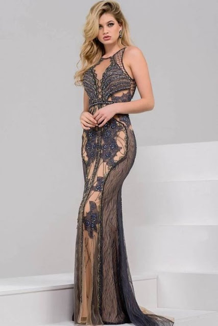 vestido de festa bordado nude