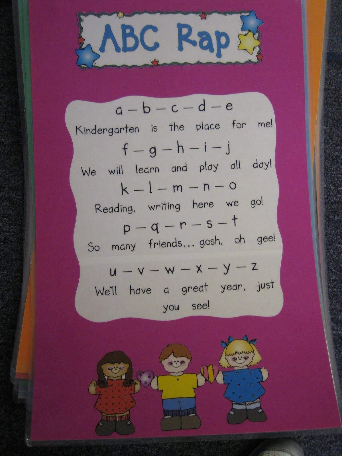 Kinder Garden: Kindergarten Hoppenings: Poetry Journals: Making Them