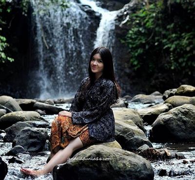 Mengeksplor Pesona Keindahan Air Terjun Ciangin Bandung.