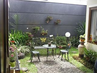Desain Taman Belakang Rumah 1