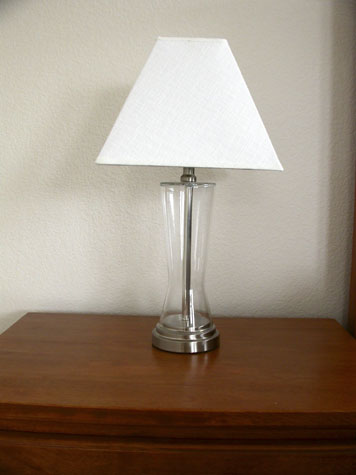 House Designs: A Luxurious Bedroom Lamps Model Photos