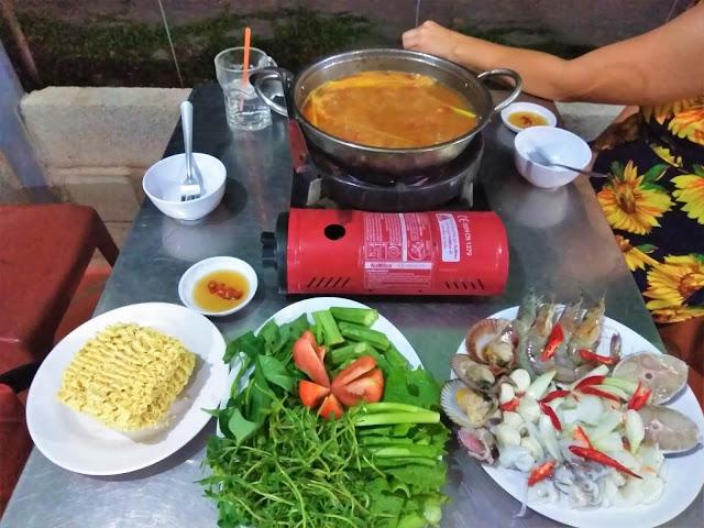 seafood hotpot mui ne vietnam