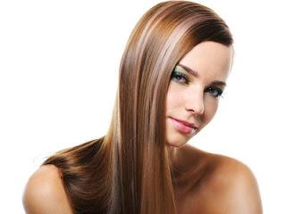 3 Astuces pour Avoir des cheveux lisses et soyeux naturellement