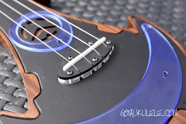 Antica Ukuleleria UFOS Tenor Ukulele bridge