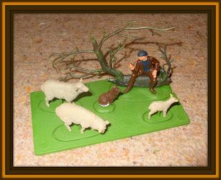 № 1002 Britains; № 1002 Mini Set; № 1002 Shepherd & Sheep; 1002 Shepherd & Sheep; Britains № 1002; Britains 1002; Britains Herald; Britains Mini Sets; Britains Mini Sets № 1002; Britains Mini Sets № 1002 Shepherd & Sheep; Britains Minisets; Farm Animals; Farm Hand; Farm Toys; Lambs; Mini Set № 1002; Mini Set Shepherd & Sheep; Sheep Toys; Shepherds; Small Scale World; smallscaleworld.blogspot.com; Vintage Plastic Figures; Vintage Toy Figures;