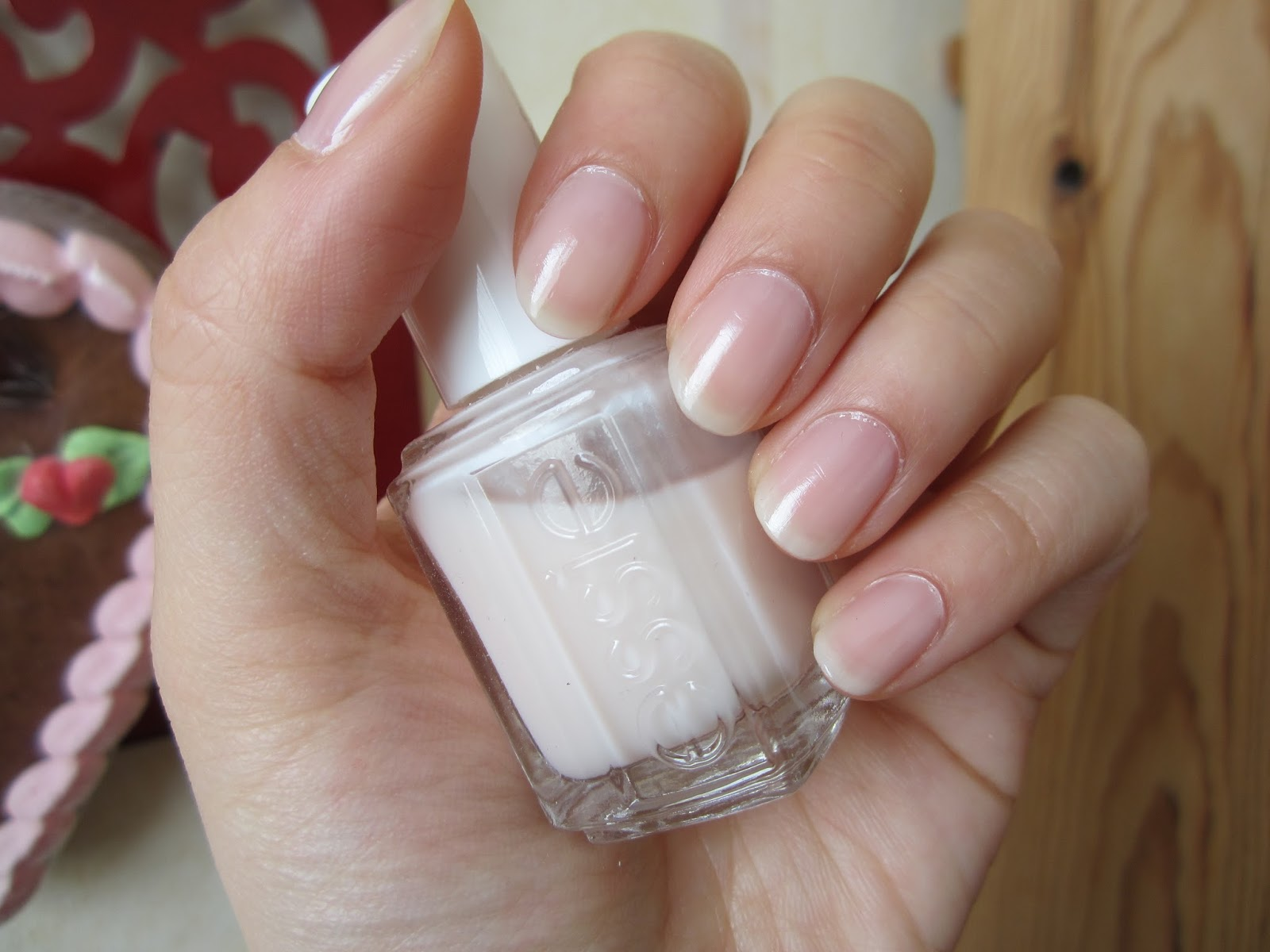 SWATCH: Essie Nail Polish Mademoiselle | Beauty by Midnight