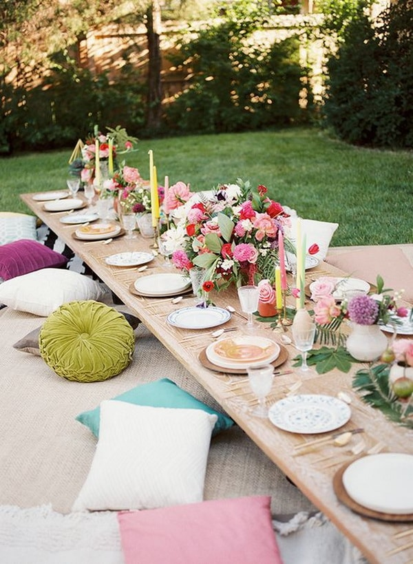 Ideas For Decorating Outdoor Dining Room Tables 7