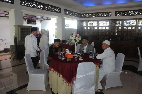 Rayakan Idul Fitri Bupati Empat Lawang Open House
