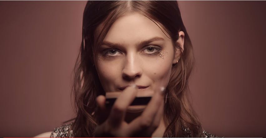 Canzone Pubblicità The Burberry Runway Make-up Campaign | Musica spot Agosto 2016