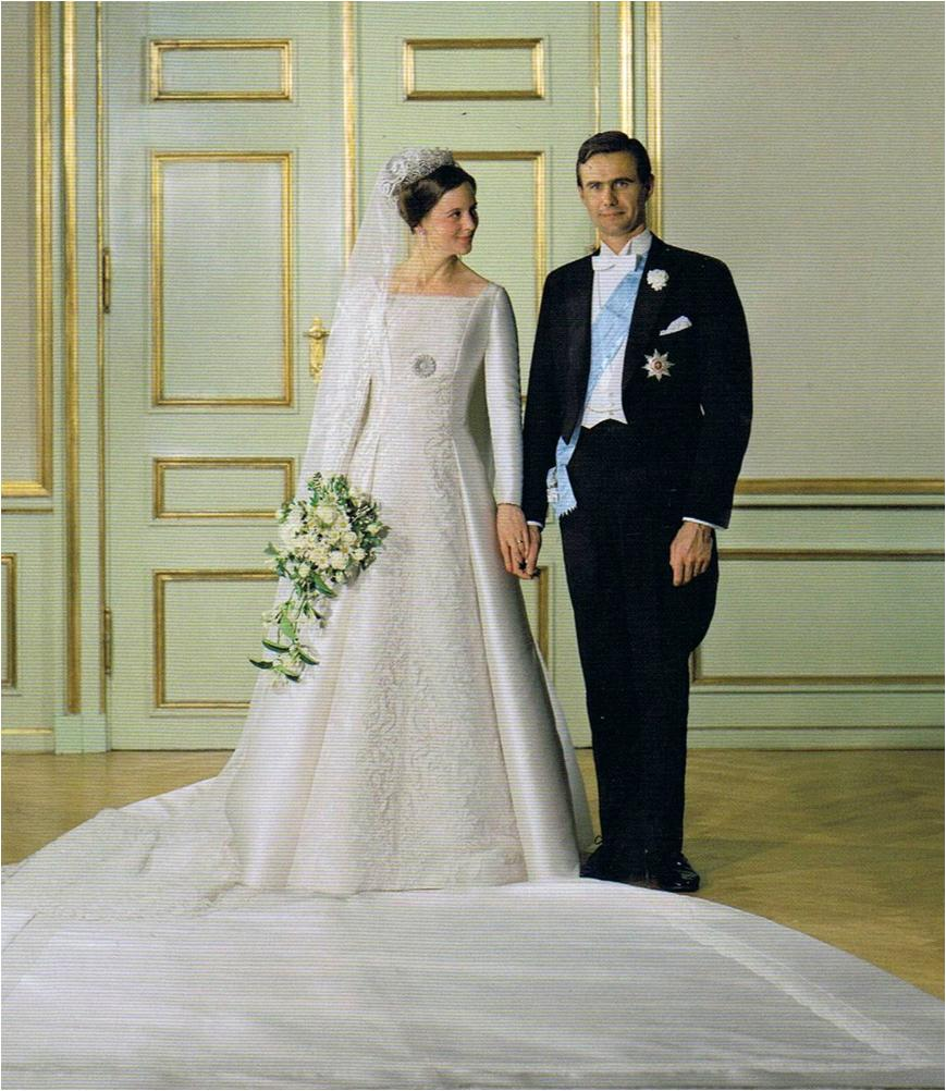 Queen Wedding: The Royal Order Of Sartorial Splendor: Readers' Top 10