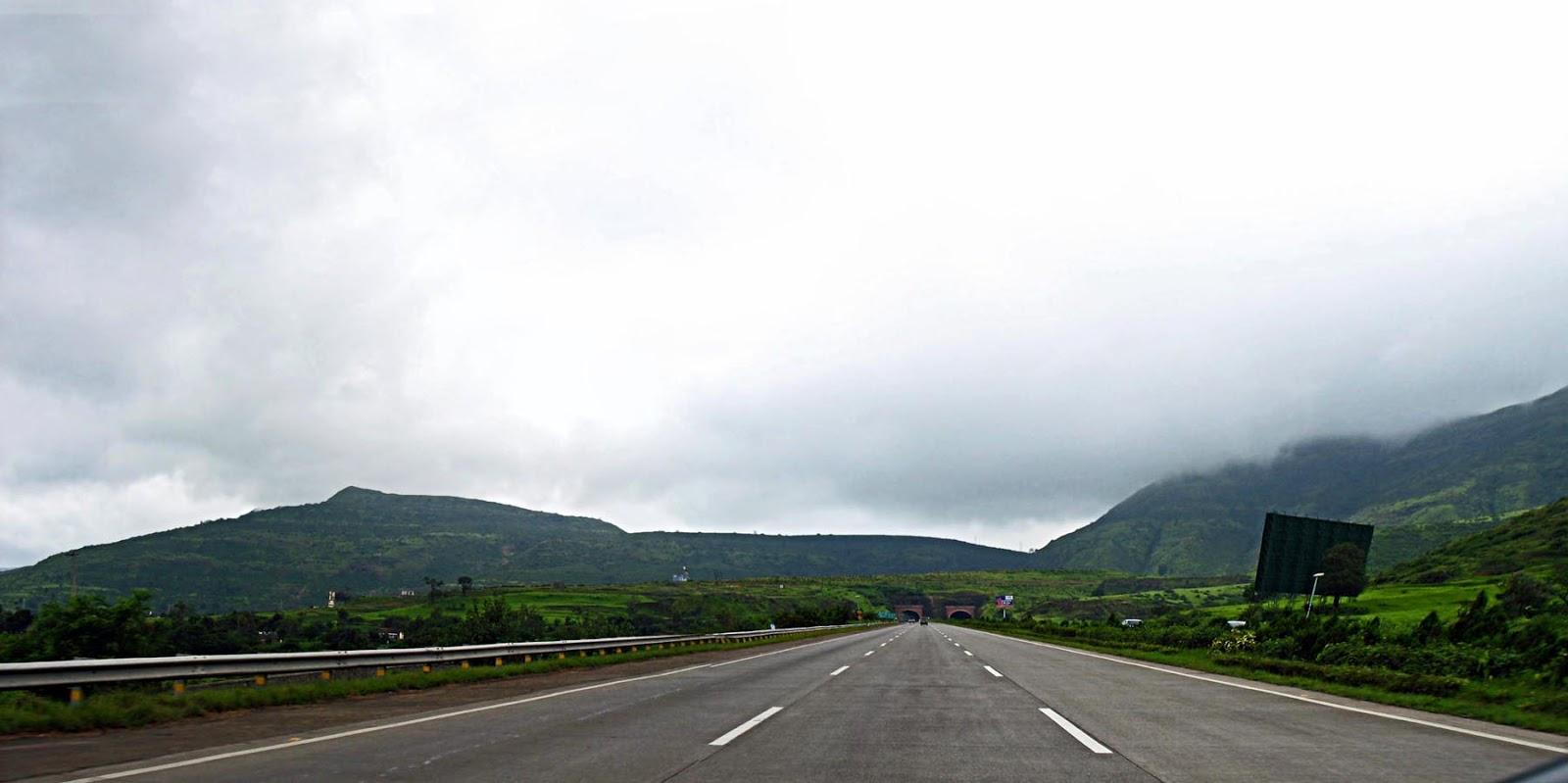Stock Pictures Mumbai Pune Expressway
