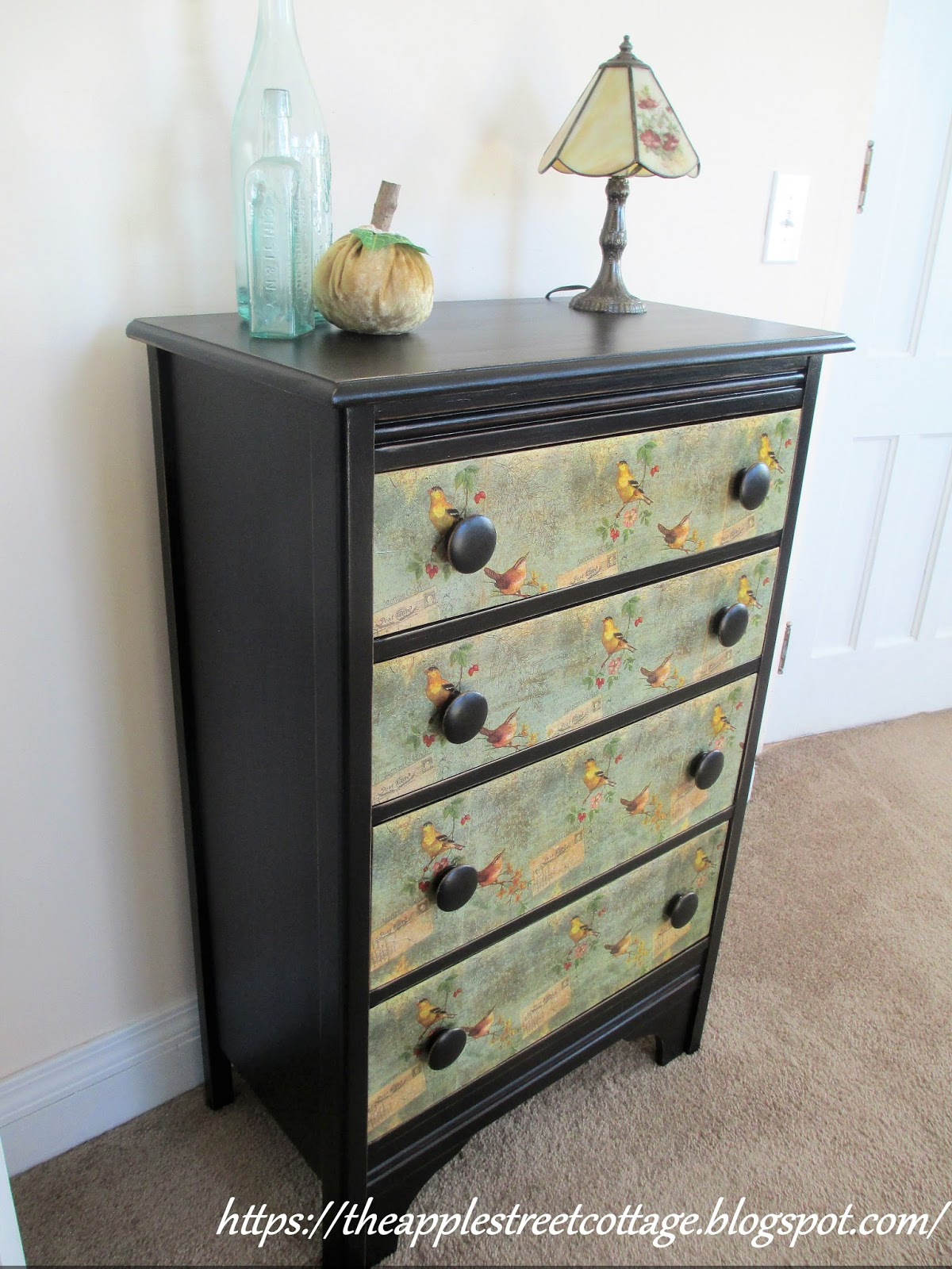 How To Decoupage Dresser Drawers , With Napkins!