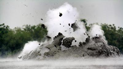 Bledug Kuwu erupt periodically