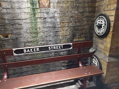 Станция метро Baker Street Metro Station