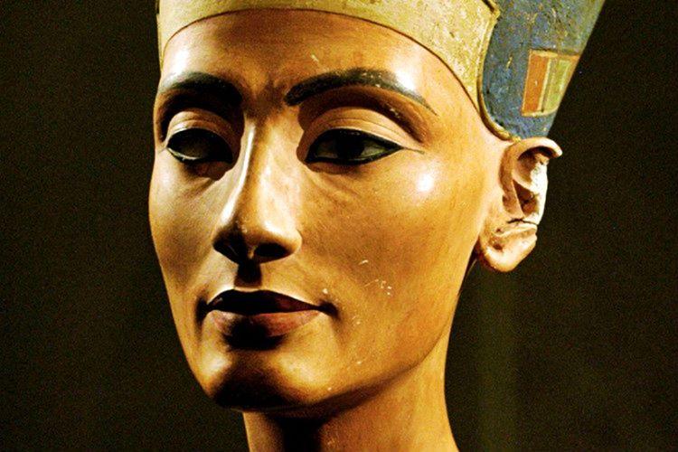 Hatşepsut, 1469-1475 yılları arasında Antik Mısır'da firavunluk yapan ilk kadındı.