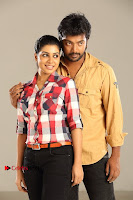 Kalaiyarasan Satna us Starring Yeidhavan Movie Stills  0004.jpg