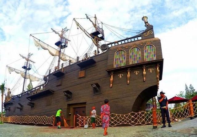 >Ikon Kpal di Jogja Bay Waterpark