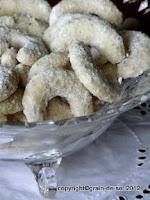http://salzkorn.blogspot.fr/2011/12/vanillekipferl-gipfel-2011.html
