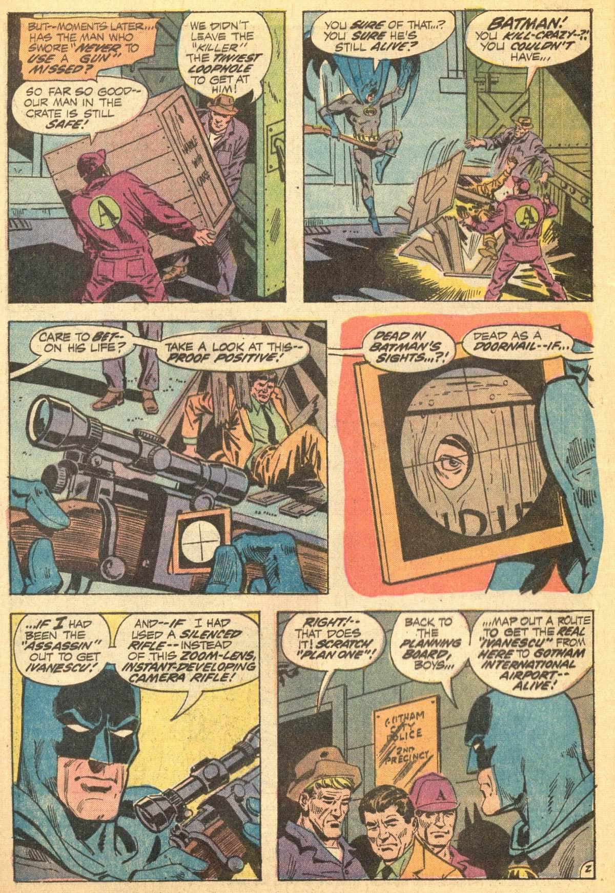 Detective Comics (1937) 423 Page 3