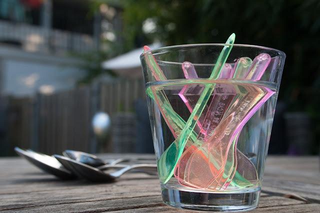 Műanyag - 5 percig használod, 400 évig nem bomlik le