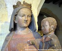 http://patrimoine-de-lorraine.blogspot.fr/2011/07/metz-57-les-vierges-lenfant-du-musee-de.html