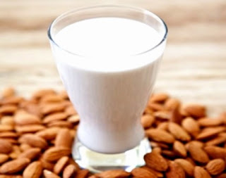 11 beneficios de la leche de almendra