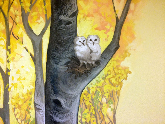owl mural, barn owl painting, aspen mural, oregon mural, oregon muralist, owl flying mural