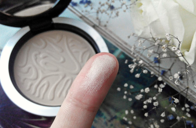Vipera Compact Powder Cashmere Veil 703 Transparent swatch