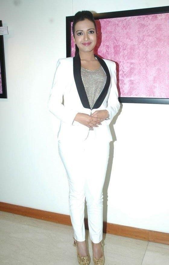 Actress CatherineTresa Latest HD Images