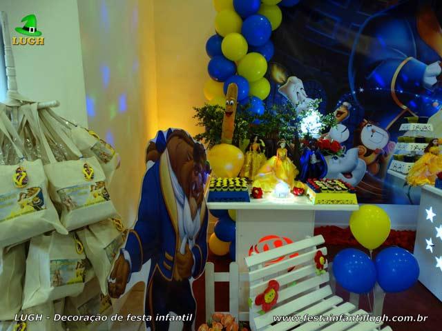 Decoração festa de aniversário A Bela e a Fera - Mesa provençal