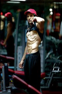 Krrish 3 Hrithik Roshan Amazing Body Building Photos,Pics,Phtos and wallpapers.